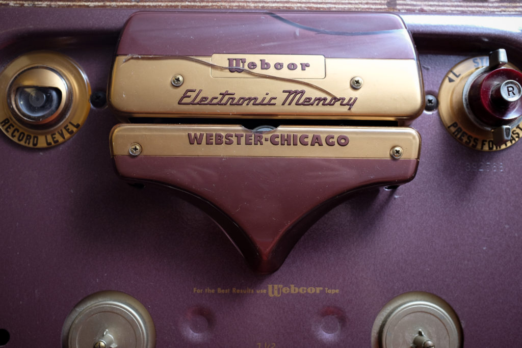 1-decoboom-engraved-pickguard-webcor-about-13